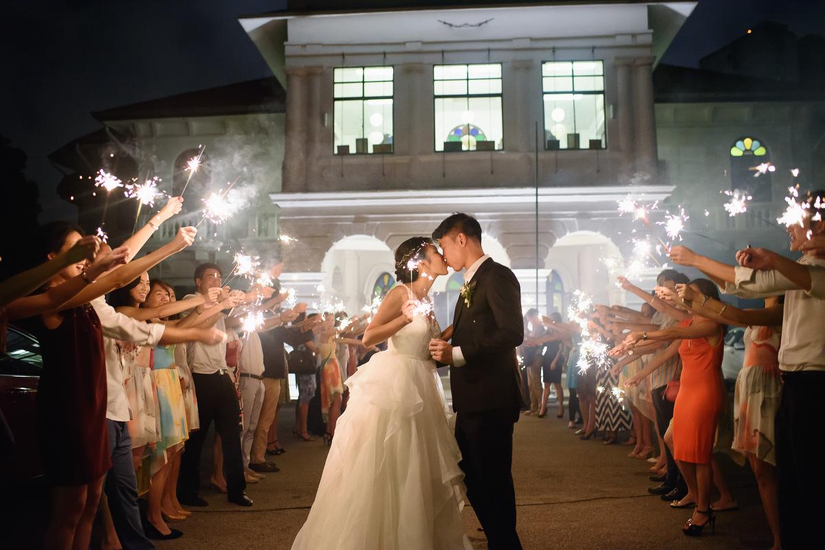 Real Weddings Singapore: Singapore Wedding Photographer